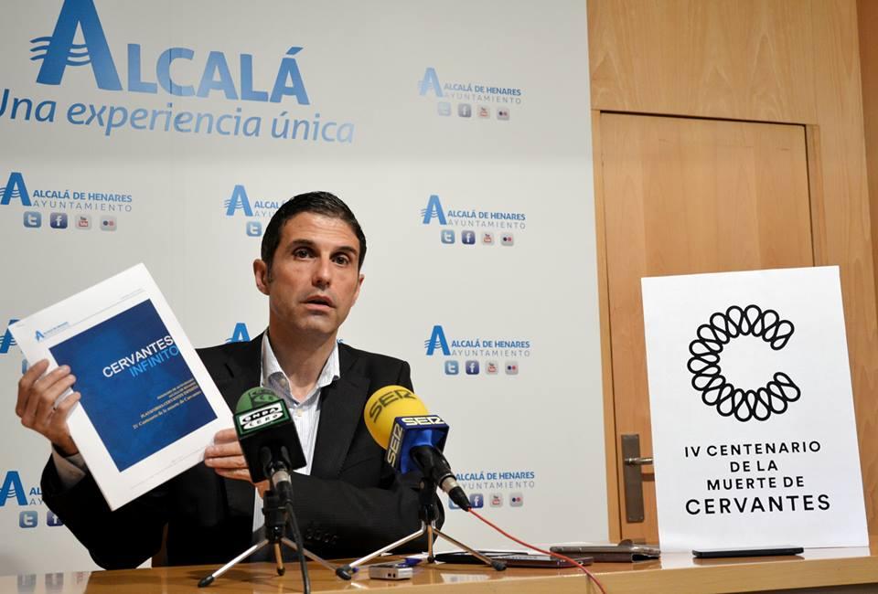 Javier Rodríguez Palacios , alcalde de Alcalá de Henares
