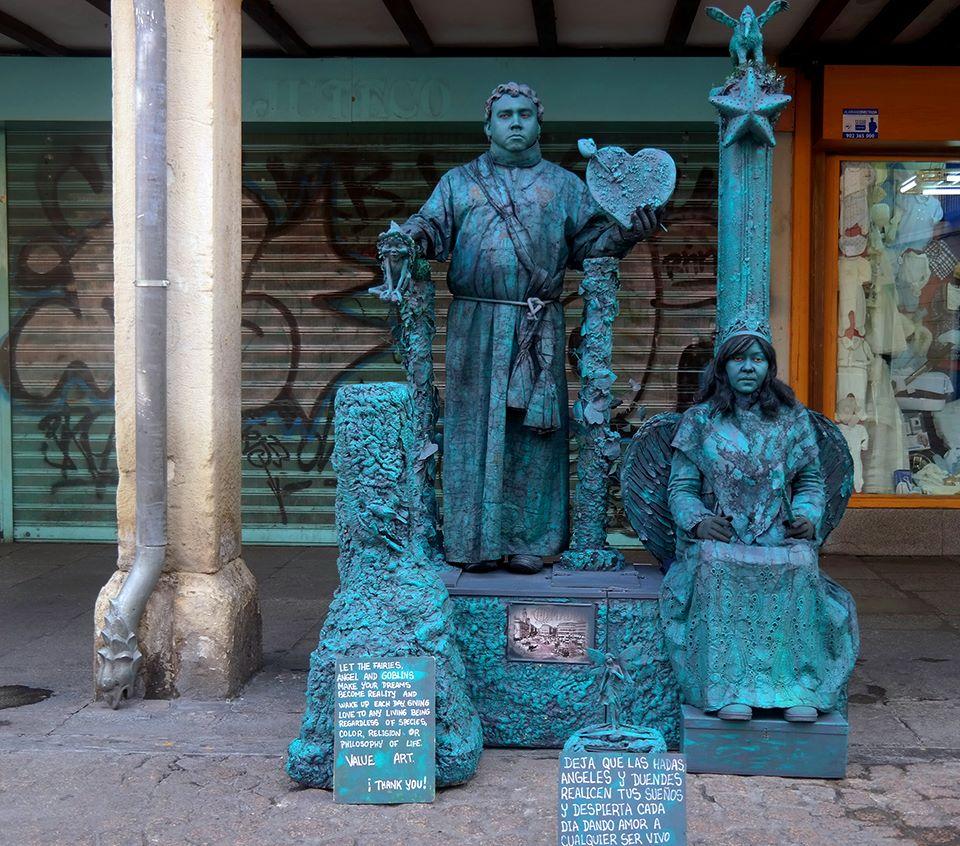 Esculturas vivientes en la Calle Mayor