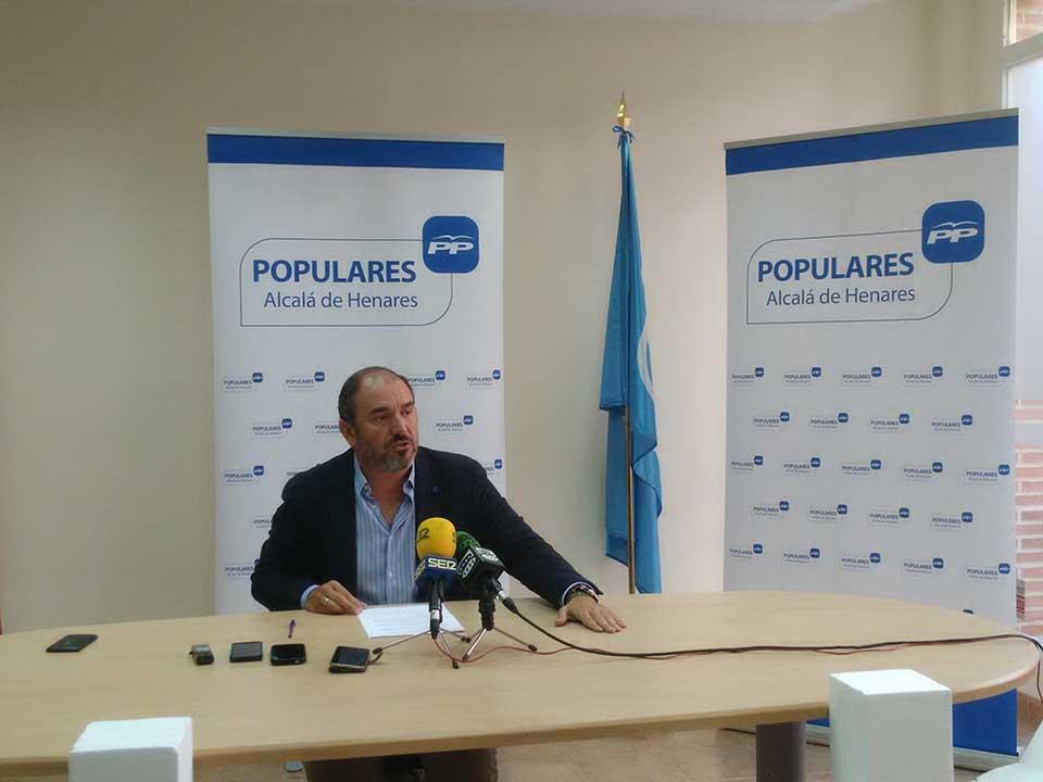Javier Bello , presidente del PP de Alcalá de Henares