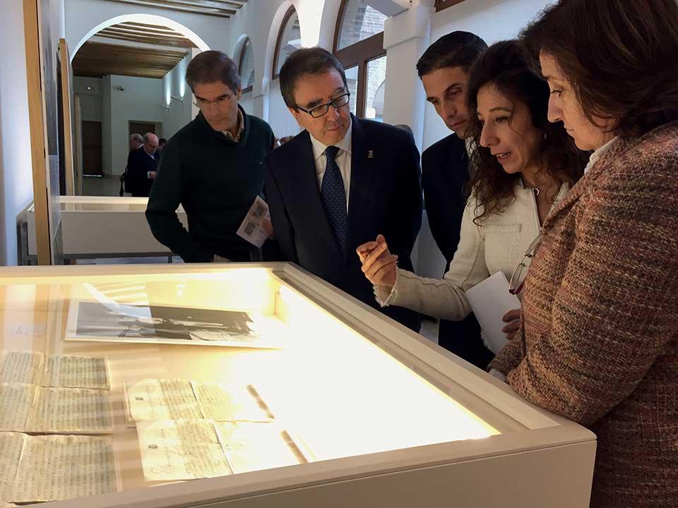 Una exposición conmemora en Alcalá el 75 aniversario de la muerte de Azaña