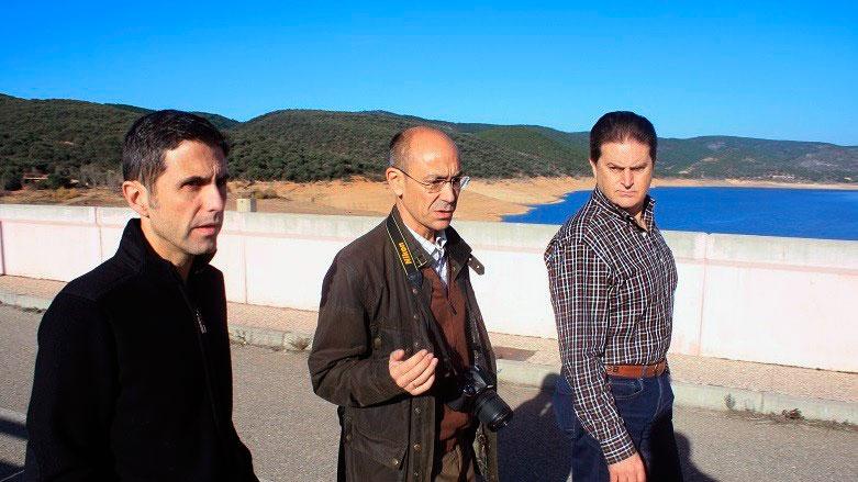 El alcalde de Alcalá en la presa de Beleña