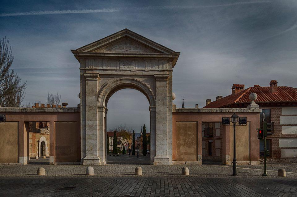 Resultado de imagen de Puerta de Madrid alcala de henares