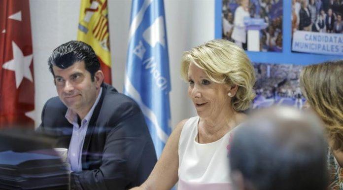 Imagen de archivo de Esperanza Aguirre y Bartolomé González