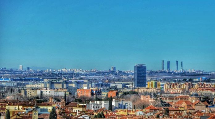 Espectacular vista de Alcalá hasta Madrid