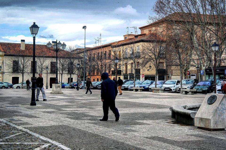 Por la Plaza de los Santos Niños