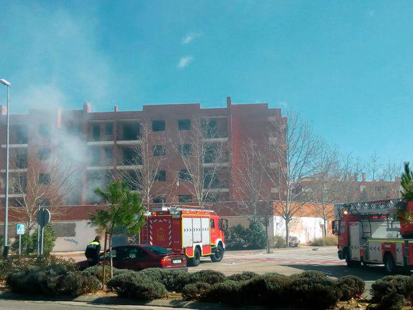 Incendio del edifico Detinsa en Espartales