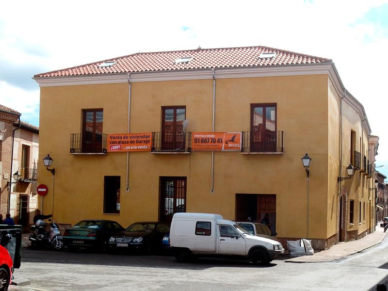 Patio de las antiguas Bodegas Criado en Alcalá de Henares tras la restauración llevada a cabo