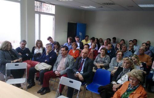 Afiliados del PP en el encuentro con Pedro Rollán en Alcalá de Henares
