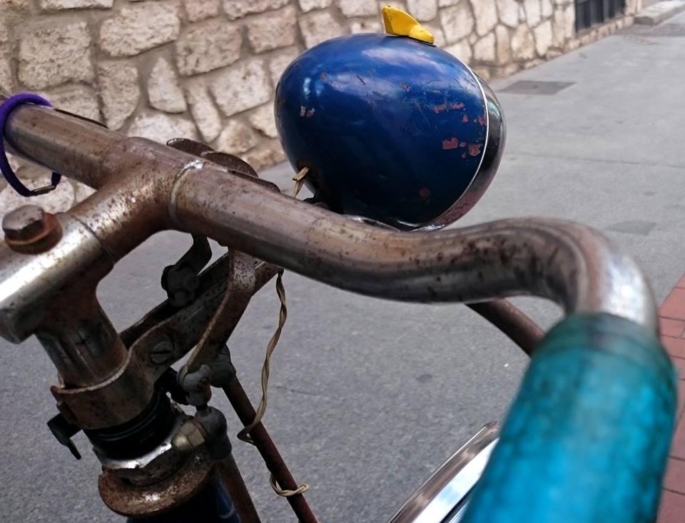 Bici sin timbre en Alcalá de Henares