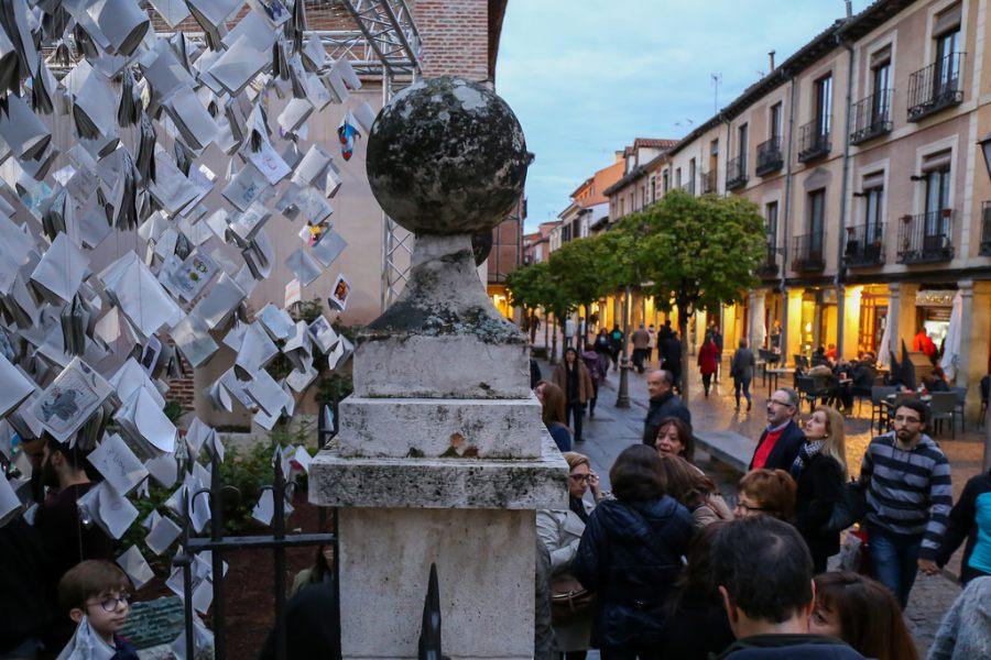 La Noche de los Libros 'Cervantes a la luz'
