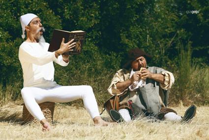 Don Quijote y Sancho Panza dan el pregón inaugural. TE