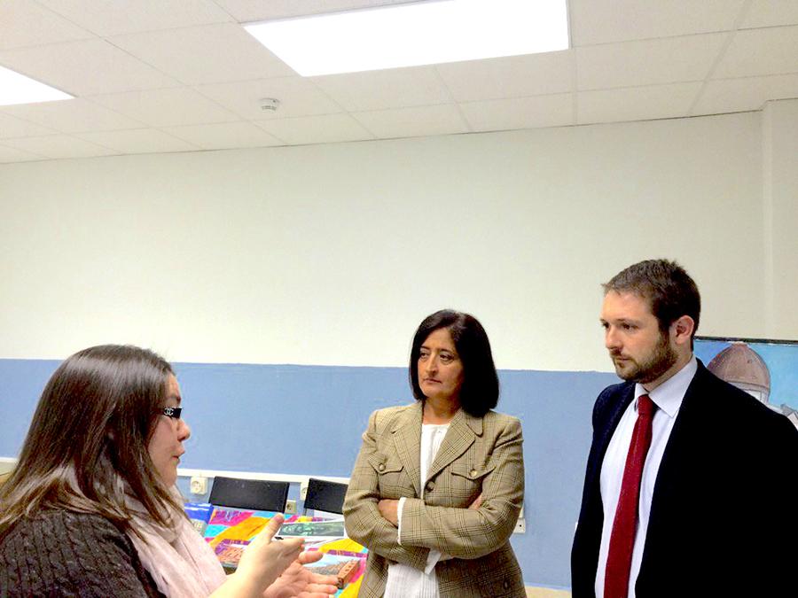 Visita del portavoz popular al CEPI de Alcalá de Henares