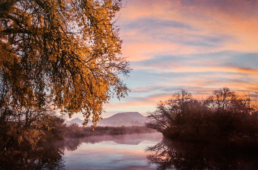 Amanecer en el río Henares. Foto ganadora del concurso de Fotografía