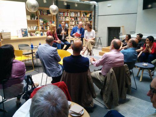 Encuentro de  Ángel Gabilondo con representantes del sector cultural en Alcalá de Henares