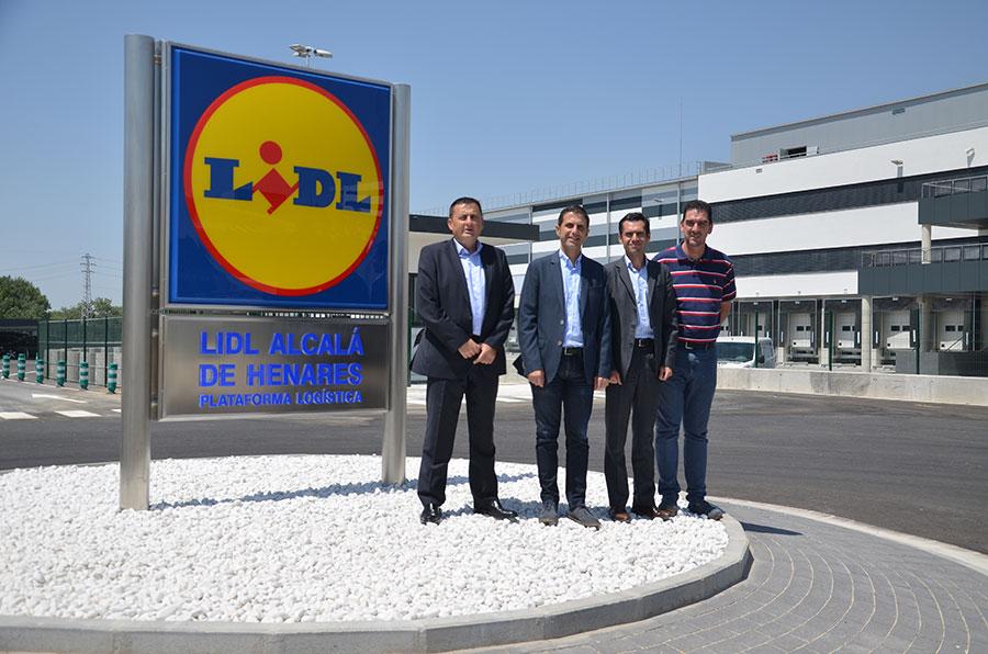 El alcalde visita las obras de la plataforma log stica de for Lidl alcala de henares catalogo