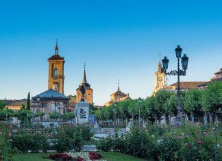Verano en la Plaza de Cervantes