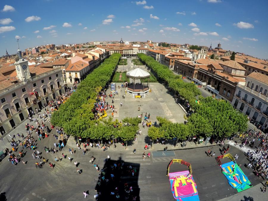 La Plaza de Cervantes un dia de Ferias y Fiestas