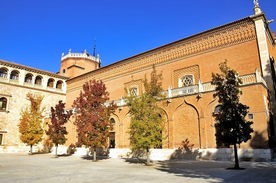 Colores de otoño en el Palacio Arzobispal