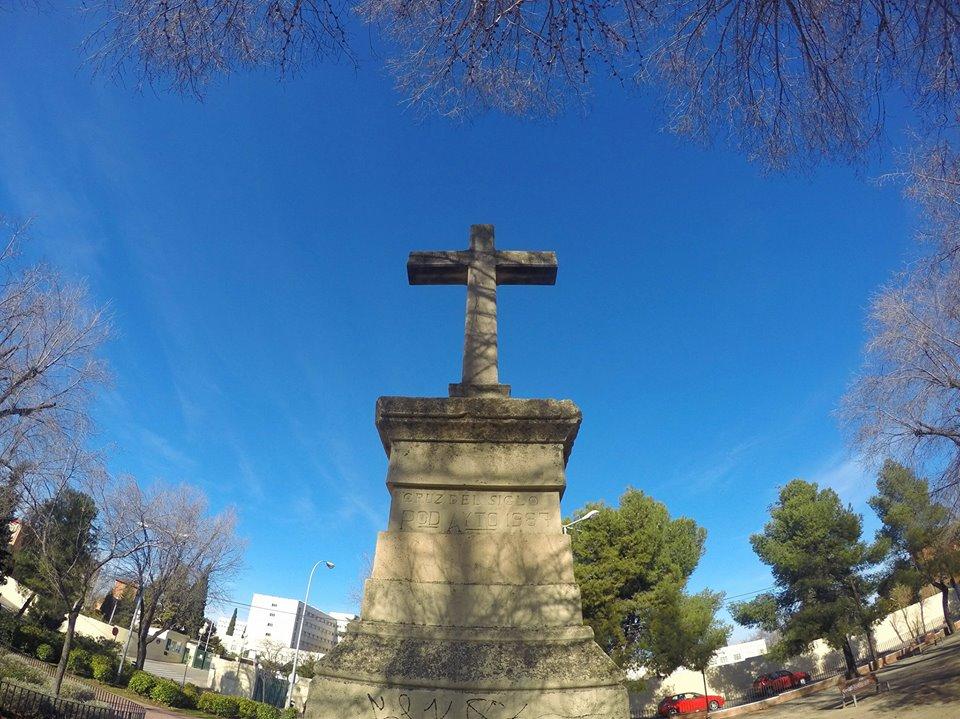 La Cruz del Siglo en el cambio de año