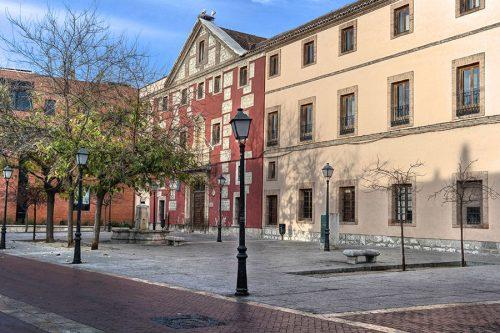 Facultad de Económicas y Empresariales. Foto de Pedro Enrique Andarelli