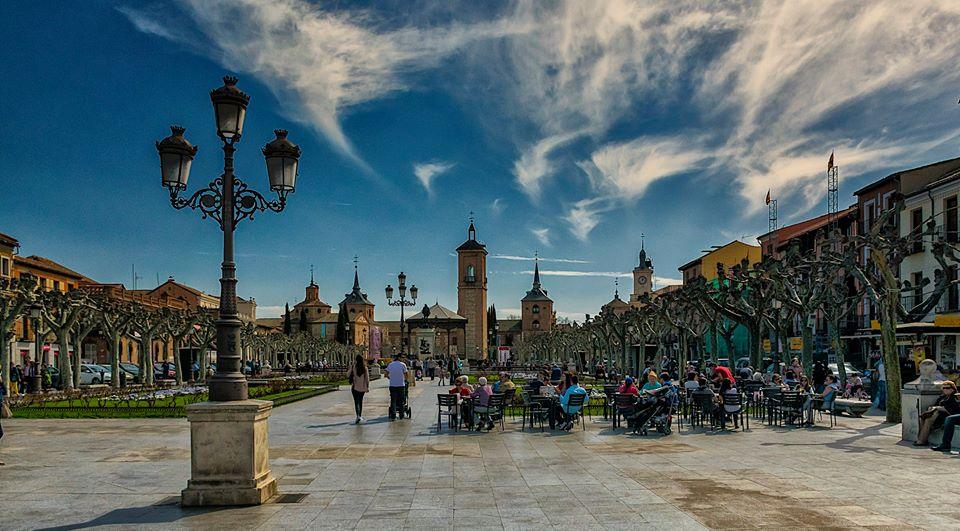 Plaza de Cervantes en marzo