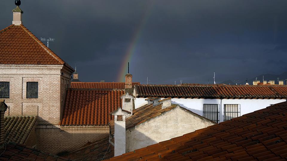 Arco iris de fin de abril en la ciudad patrimonio