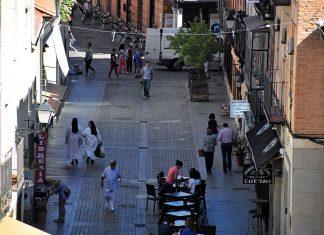 Mañana de lunes en la calle Ramón y Cajal