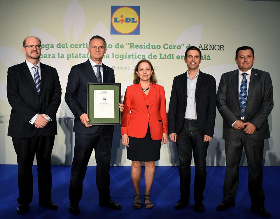Entrega del certificado aenor residuo cero a la for Lidl alcala de henares catalogo