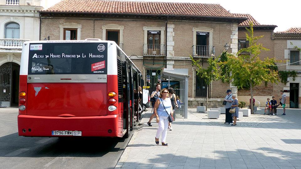 La l nea 9 de autobuses urbanos pasar por la urbanizaci n for Autobuses alcala de henares
