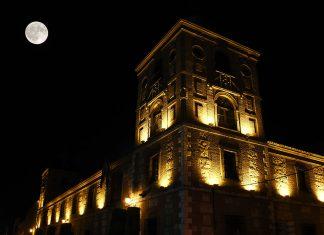 Primera luna llena del Otoño en Alcalá de Henares