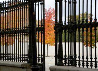 Colores de otoño en la ciudad patrimonio