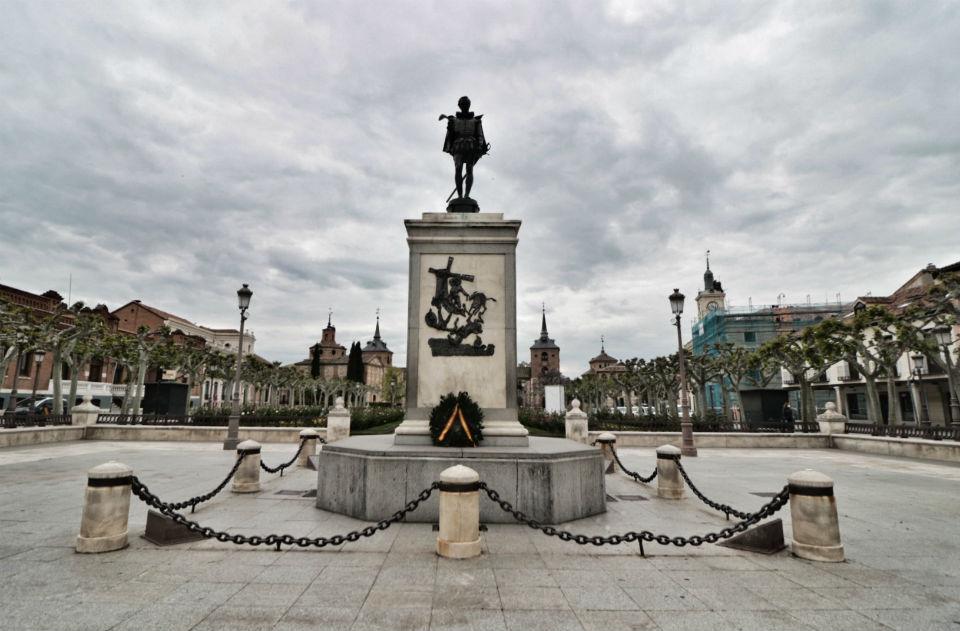 Una corona de laurel para Miguel de Cervantes