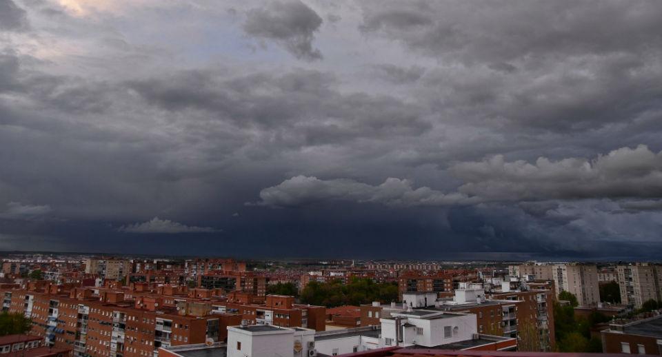 Alcalá bajo la lluvia en cuarentena