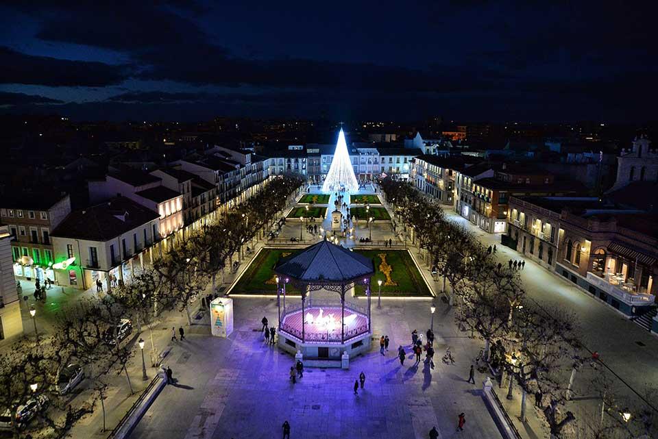 Nocturna de navidad desde la noria de la Plaza de Cervantes